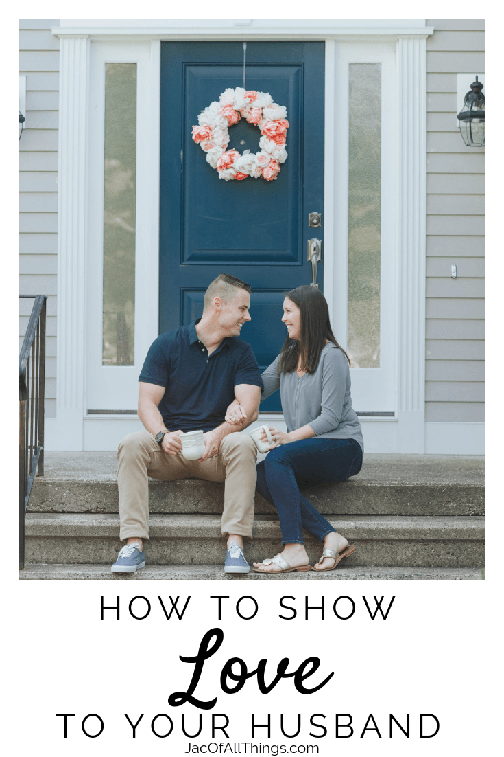 Learn how to show love to your husband. Read 23 ways to show him love and express how much you care about your relationship. #showlove #husband #love