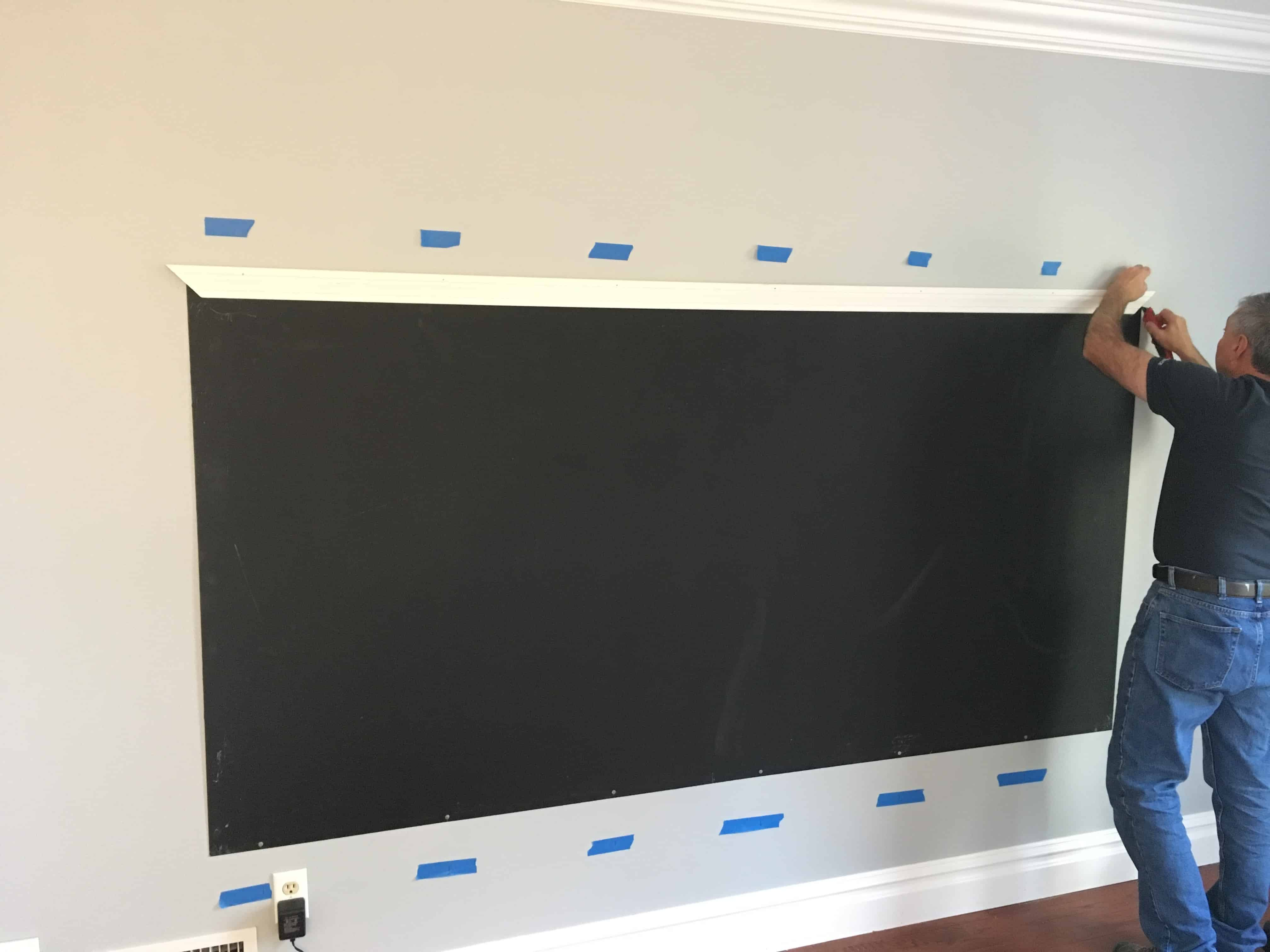 A chalkboard wall is the perfect addition to a playroom. Read more on how to make a chalkboard wall. (Playroom Idea! DIY Framed Magnetic Chalkboard Wall for Kid's Playroom)