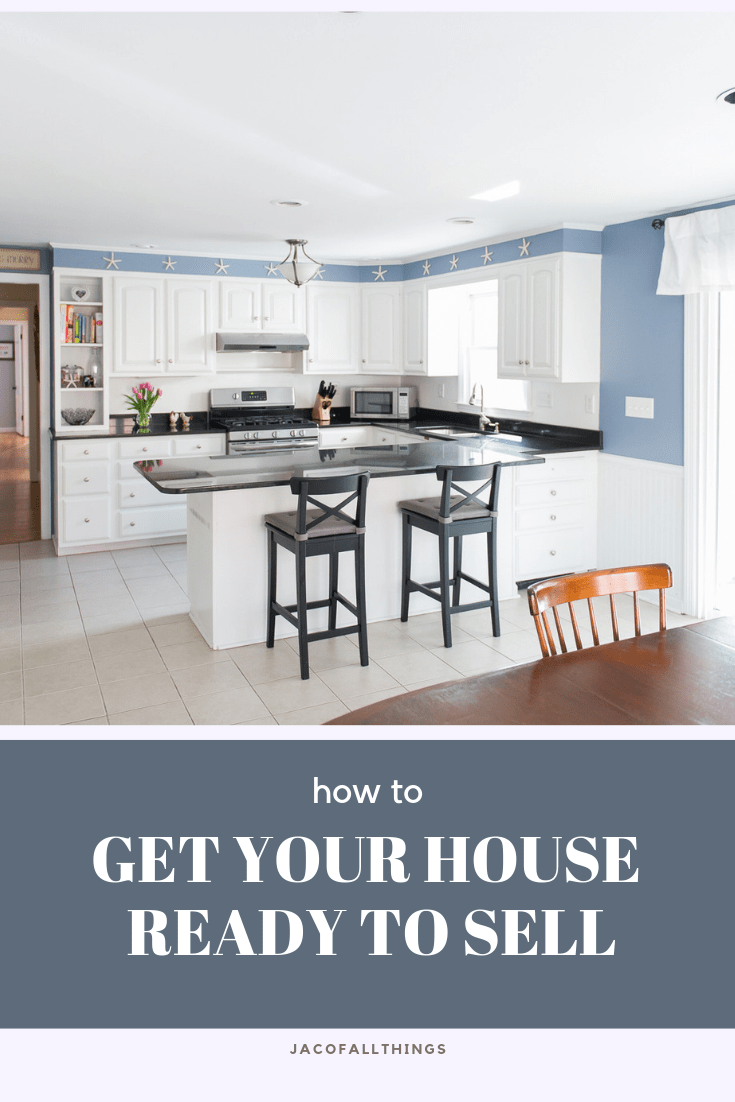 Learn how to get your house ready to sell! Read top home staging tips, how to prepare your home for showings, and how to find a relator. #homeselling #sellhouse