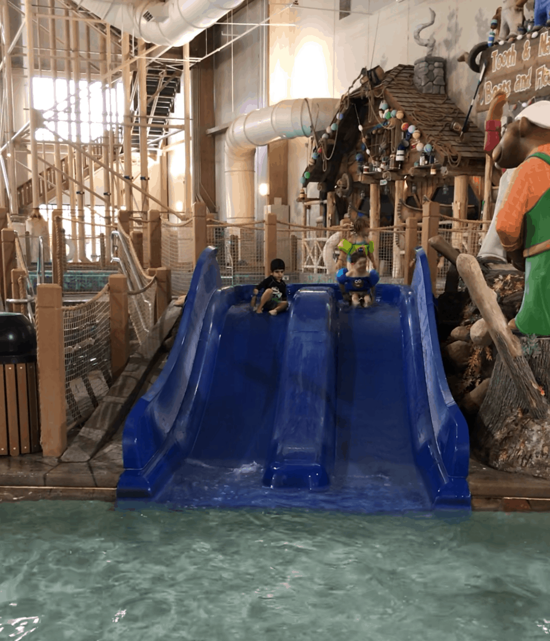 Great Wolf Lodge MA Kids Pool