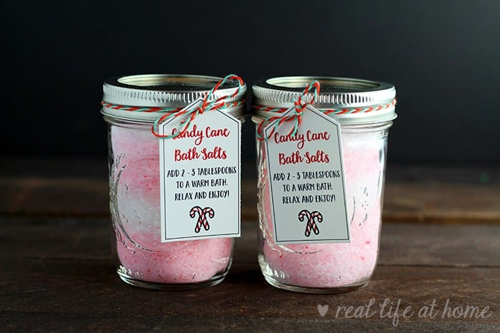 Homemade Peppermint Bath Salts in a Jar