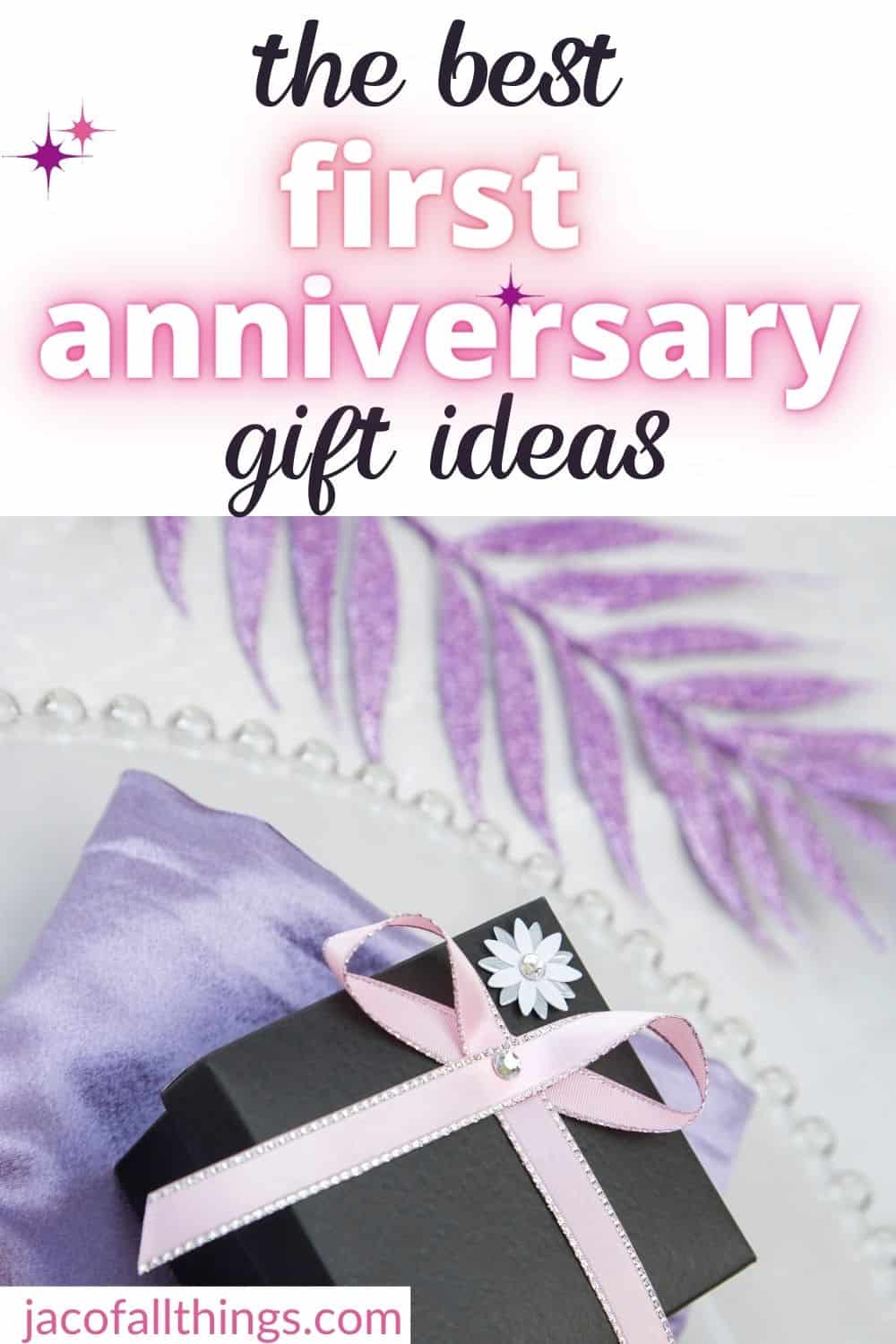 Traditional or Modern. Paper or Clock.  Finding the perfect first anniversary gift can be a challenge, but we are here to help you. Check out these first anniversary gift ideas that will for sure be a hit! Perfect for your husband or wife to show how much you care! A gift for every budget on the list! |anniversary gift ideas | first anniversary | marriage